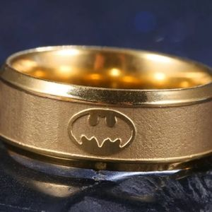 Nwt Men's Stainless Steel Titanium Batman ring